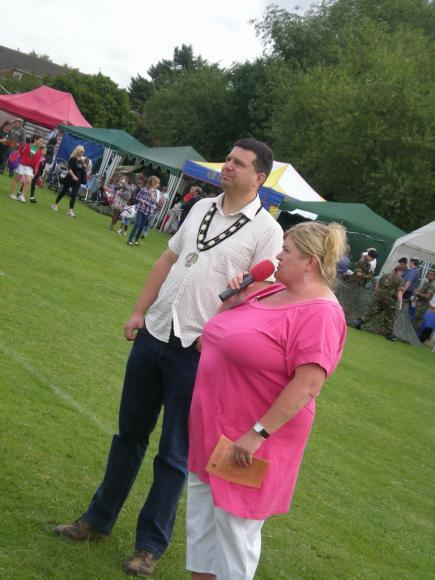 Braunstone Town Mayor Garry Sanders and Council Leader Mrs Jo Fox opening the Fete