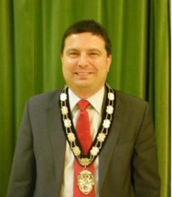 Mr Gary Sanders Town Mayor